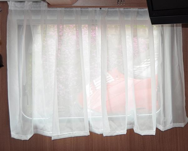unsere wohnwagen reisen umbau grosses bett. Black Bedroom Furniture Sets. Home Design Ideas