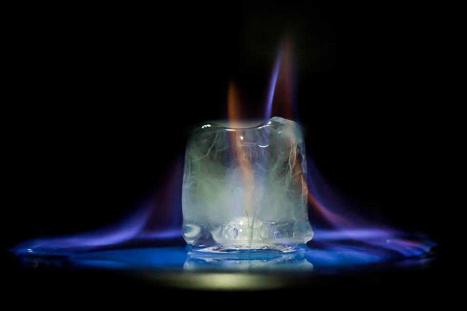 'Frozen fire', Carlos Larios