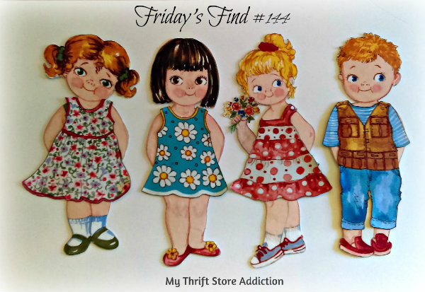 Friday's Find #144 mythriftstoreaddiction.blogspot.com Fabulous finds of the week including these vintage handmade cloth paper dolls