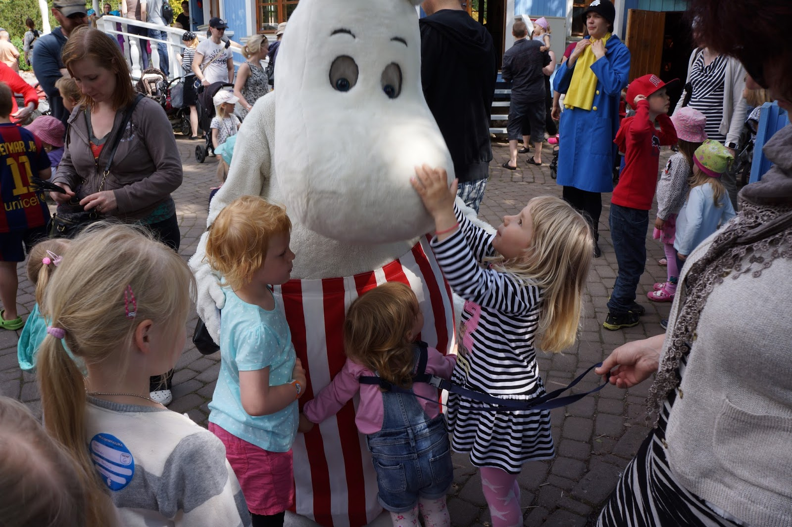moomin world finland hugging moominmamma