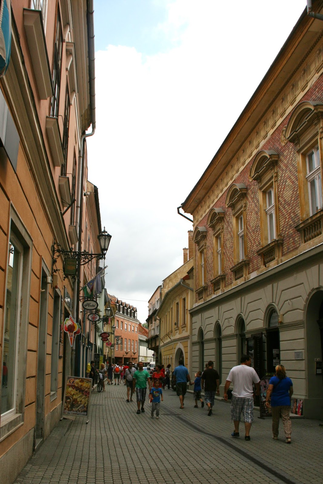 Krótkie Podsumowanie - Przerwa, wakacje, Węgry i góry. ^^