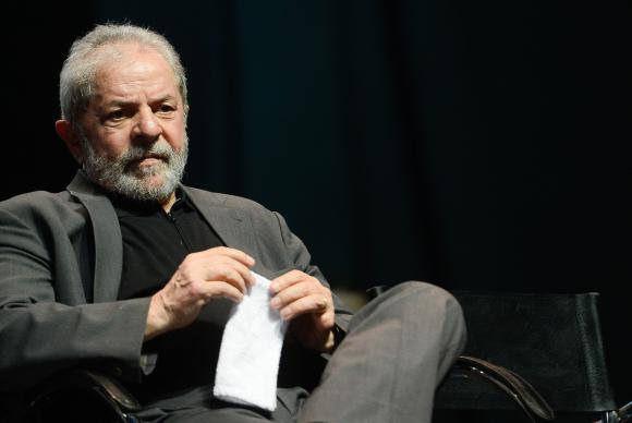 O ex-presidente Luiz Inácio Lula da Silva (PT) anunciou que não irá votar no segundo turno das eleições municipais