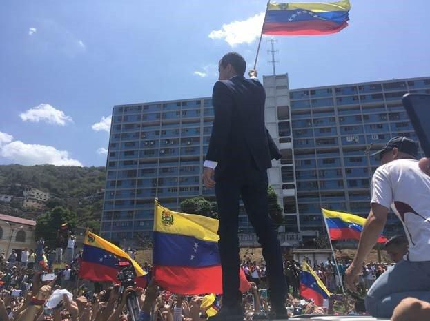 Secretario Bolton destacó la movilización en Caracas / TWITTER