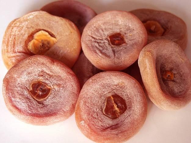 Quả hồng khô chữa viêm amidan