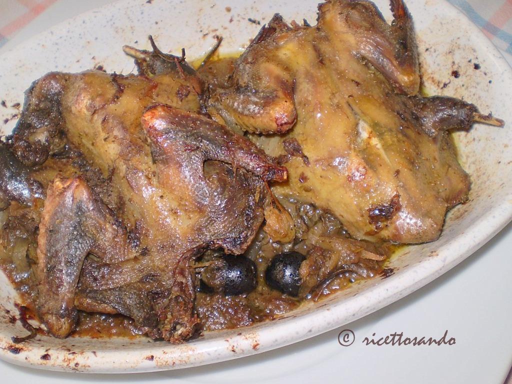 Piccioni al forno con olive e capperi ricetta dietetica di selvaggina