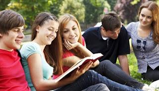 Membangun komunikasi efektif dengan anak remaja