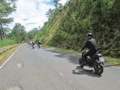 Phượt bằng xe máy tới Đà Lạt chỉ thích hợp với những bạn trẻ vì cần đòi hỏi nhiều sức khỏe
