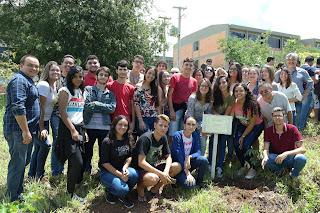 Campus Cuité da UFCG realiza ação de arborização com calouros 2019.1