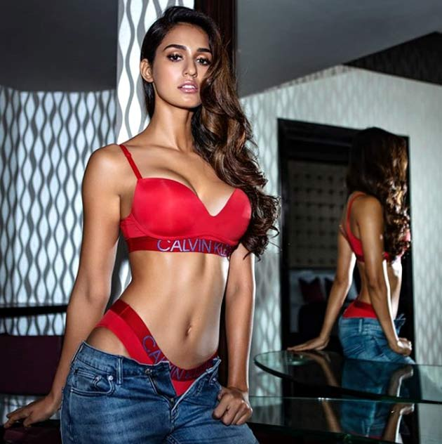 disha-patani-red-bikini-photo-becomes-viral-on-social-media