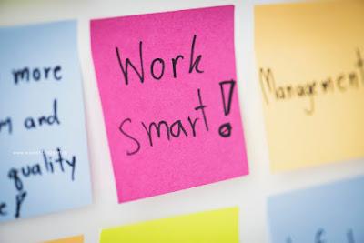Έξυπνοι τρόποι για να μην αναβάλλεις και να πετυχαίνεις τους στόχους σου