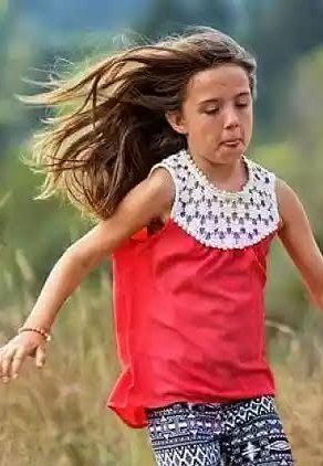 t - Hero! 10- Year-Old Girl Dies Saving The Lives Of Two Toddlers By Pushing Them Out Of The Path Of A Runaway SUV