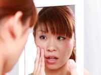 Waspada terhadap 5 kebiasaan buruk yang membuat kulit terdegradasi