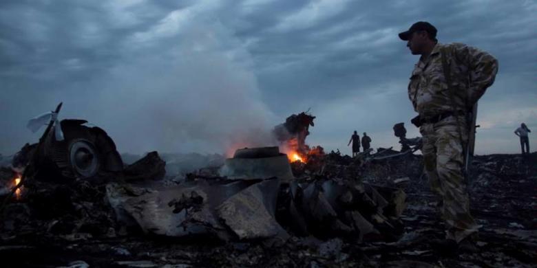 Jatuhnya Pesawat Malaysia Airlines MH17 Di Ukraina