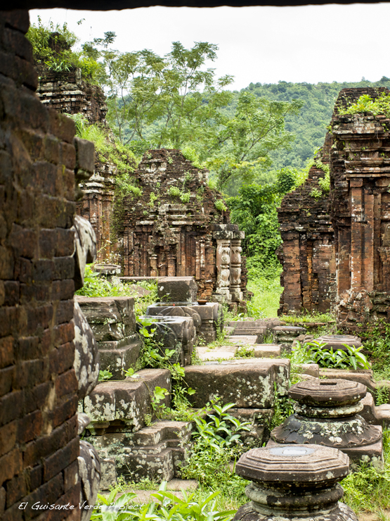 Restos Arqueológicos My Son - Vietnam, por El Guisante Verde Project