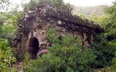 रावण ने बनवाया था यह मंदिर, यहीं मिला था उसे पारस पत्थर