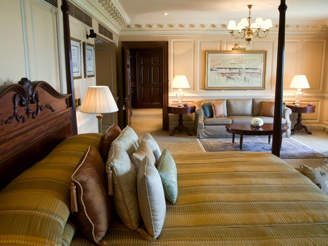 The-Grand-Presidential-Suite-Bedroom-Taj-Palace-Delhi