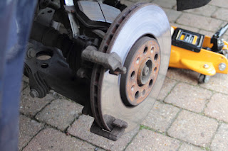 VW Golf Mk4 Brakes Grinding After Fitting New Discs