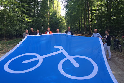 Ground-breaking ceremony for the first cycle bike path in the Stuttgart region