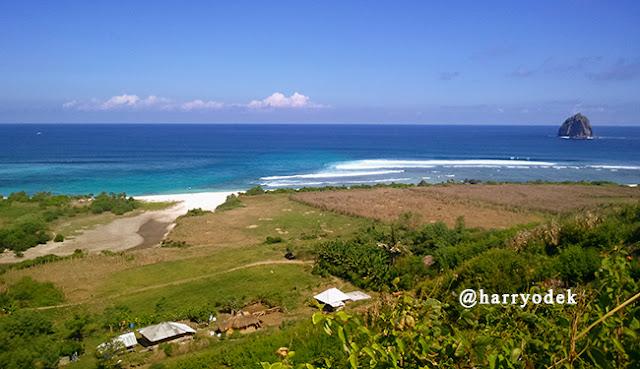 Bukit Meang, Spot Paralayang Lombok Sumbawa