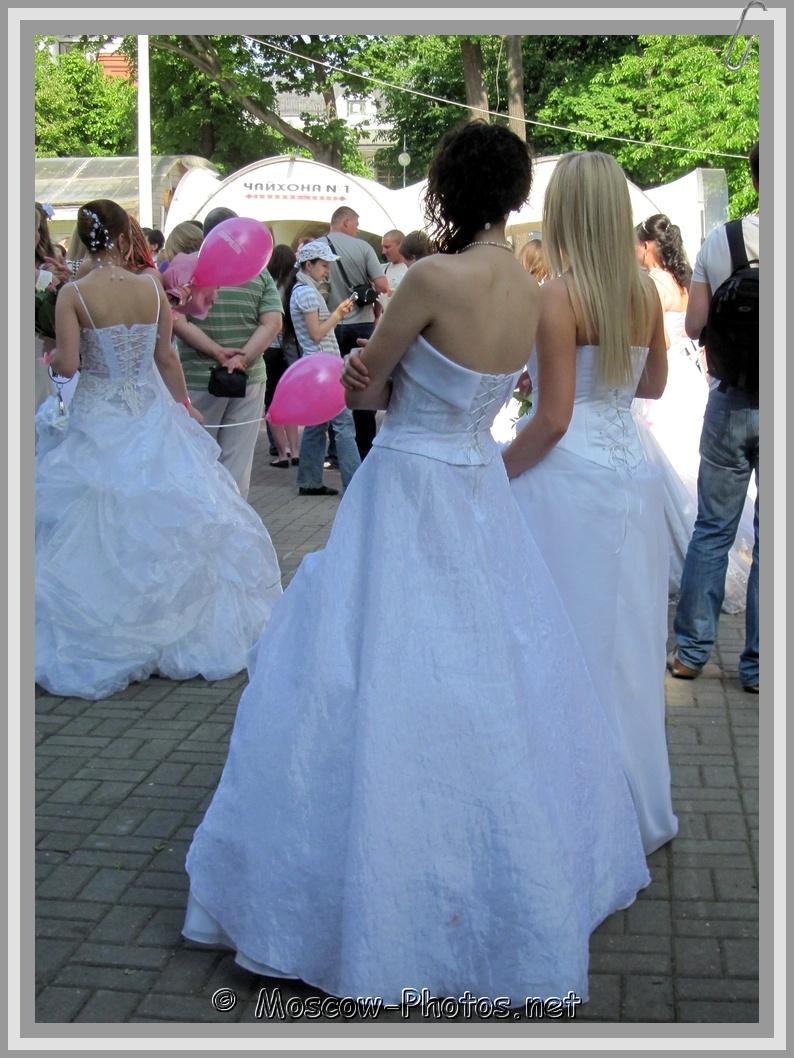 Runaway Moscow Brides 2011
