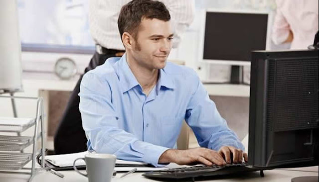 Inglês gratuito para profissionais de Tecnologia da Informação.
