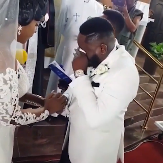 Comedian Ajebutter crying uncontrollably as he ties the knot with fiancée, Uche