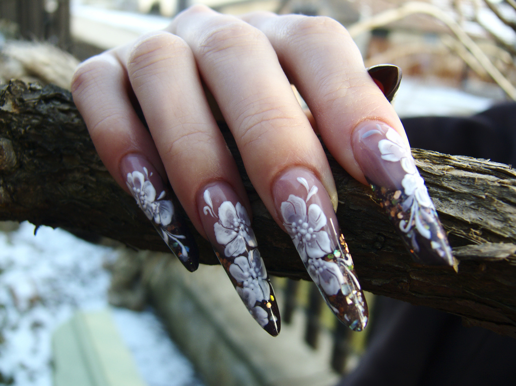 Nail art: Handpainted nail