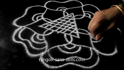 simple-free-hand-rangoli-step-2612ac.jpg