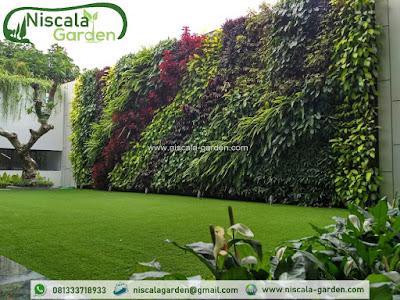 Jasa Spesialis Pembuatan Vertical Garden di Surabaya