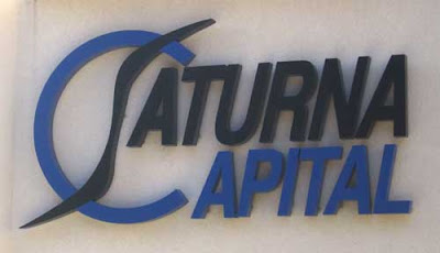 Saturna Capital logo with oddly shaped flat S and large C nowhere near the rest of the word APITAL