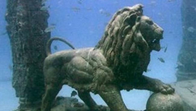 Όταν ανακαλύφθηκε η βυθισμένη πόλη που ένωνε την Αρχαία Ελλάδα με την Αίγυπτο! βίντεο]