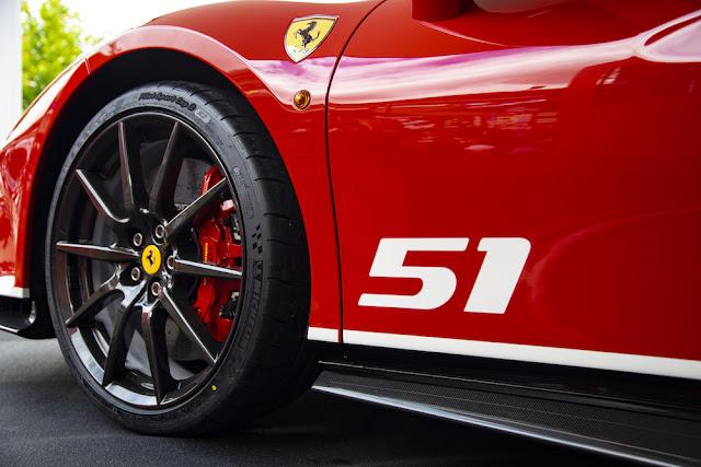 レーシングドライバー専用!?「488 Pista」の限定モデル「ピロティ・フェラーリ」を公開。
