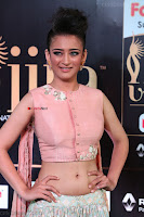 Akshara Haasan in Peach Sleevless Tight Choli Ghagra Spicy Pics ~  Exclusive 09.JPG