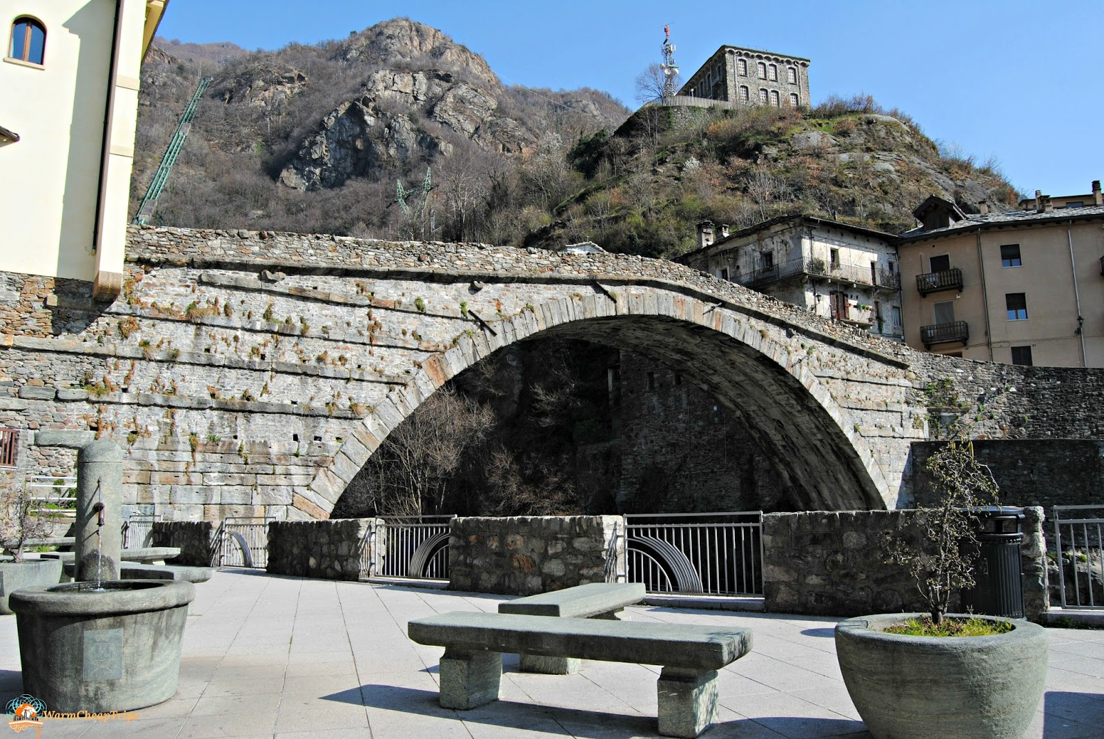 Castelli della valle d 39 aosta un weekend culturale for Arredo bagno valle d aosta