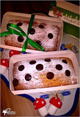 http://www.slodkieokruszki.pl/szybkie-pomaranczowe-ciasto-z-kisielem/