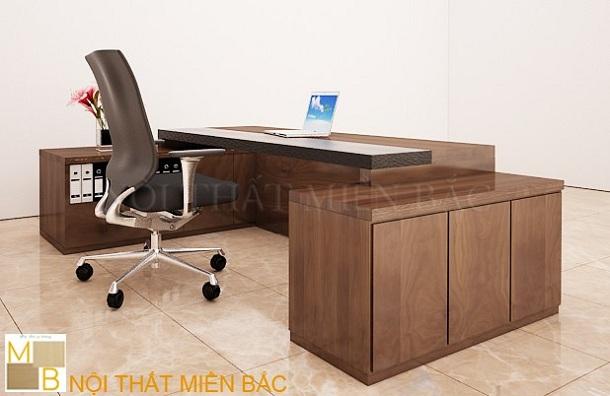 Lựa chọn kích thước và chất liệu bàn giám đốc
