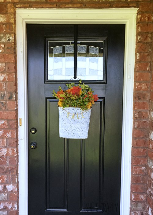fall decor, fall farmhouse, black door, wall bucket, fall foliage