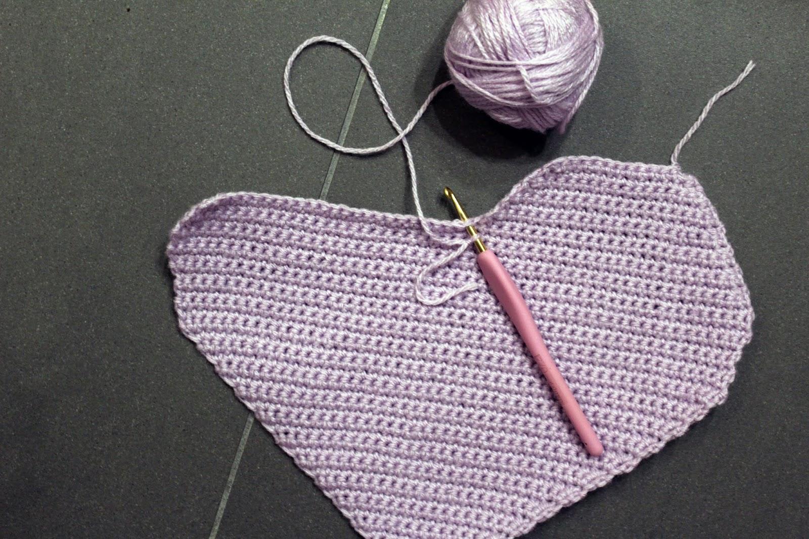 Candy Heart Pillow Crochet Pattern
