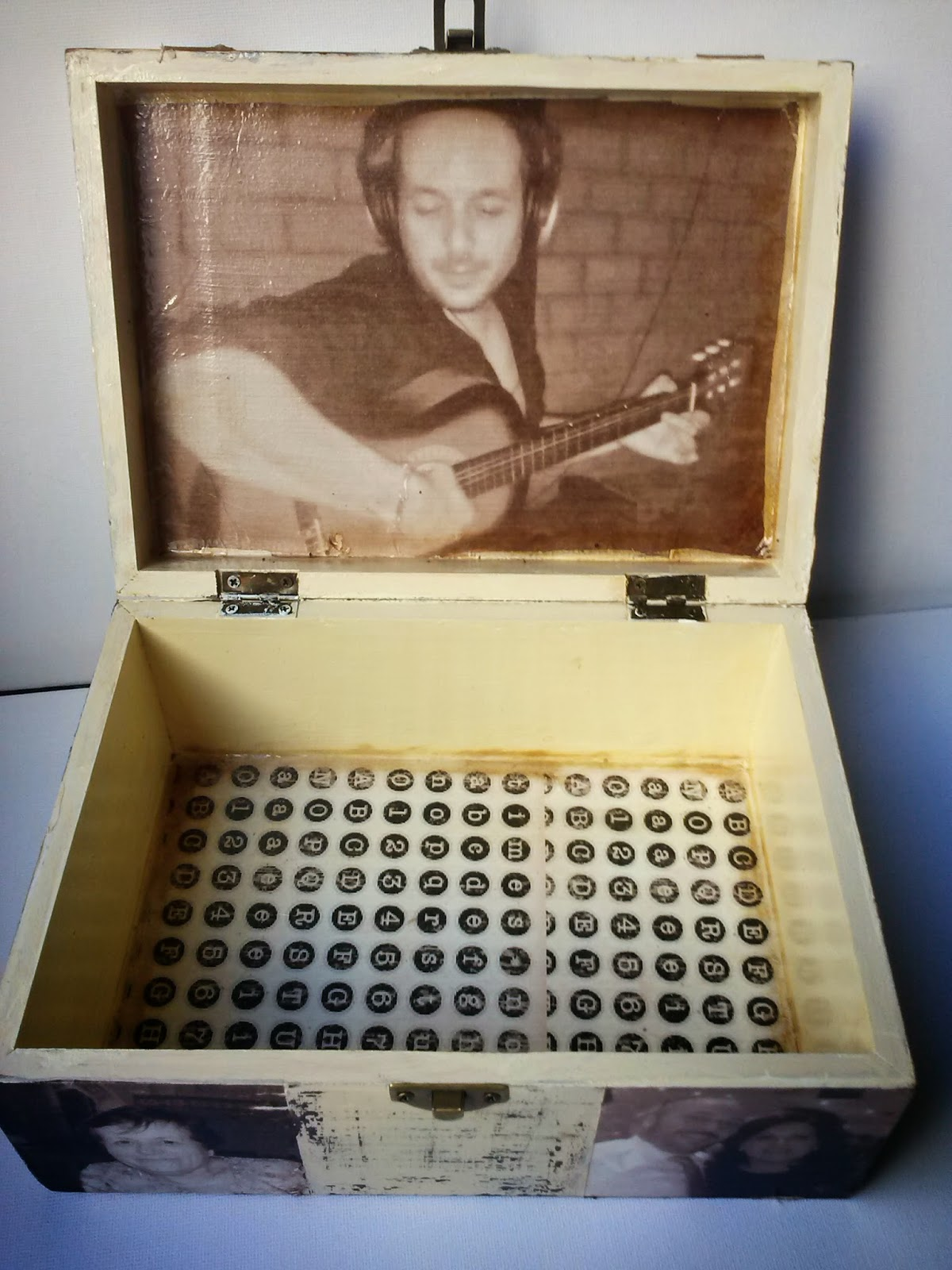 caja con foto
