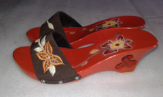Sepatu Sandal Cantik Kelom Geulis Tasikmalaya