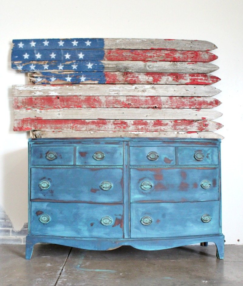 diy flag, painted flag, diy patriotic furniture
