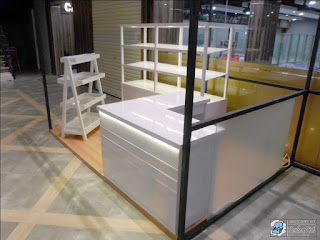 Etalase Display Roti Untuk Booth Kecil Ukuran 2 X 3 Meter