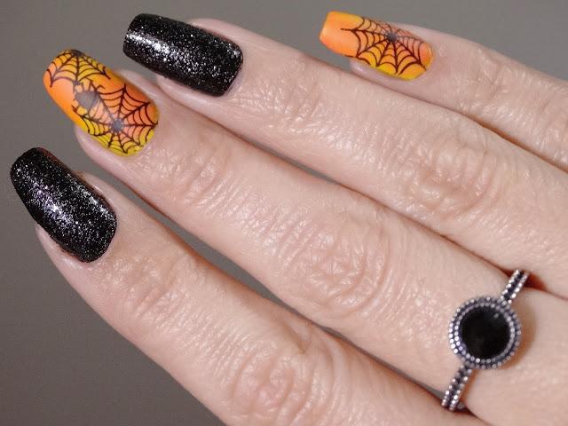 Nail Art Halloween (Fundo Laranja)