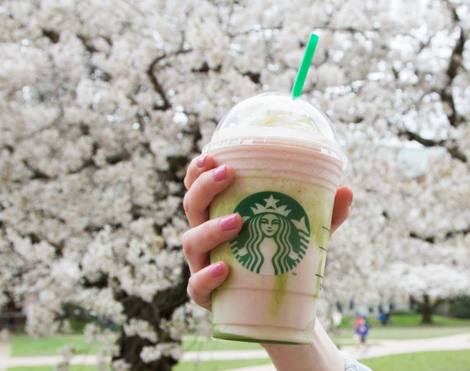 WHY I FEEL LIED TO BY THE NEW STARBUCKS SAKURA FRAPPUCCINO