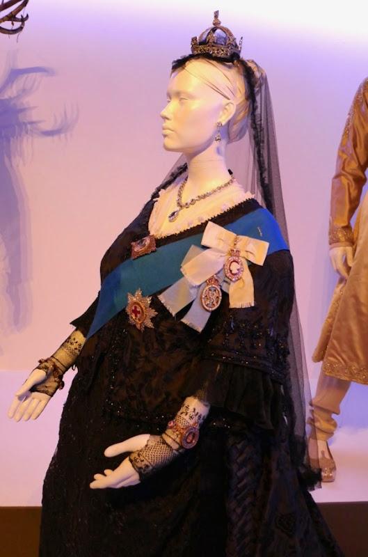 Queen Victoria costume Victoria Abdul