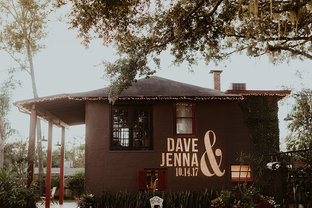 jenna and dave names on building