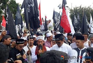 Ribuan Umat Islam Sukabumi Gelar Aksiu Bela Kalimah Tauhid