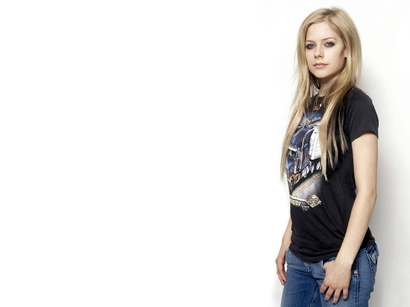 Beautiful Girl Face Hd Desktop Wallpaper Hd Wallpaper Wish What A Sexy Avril Lavigne Wallpaper