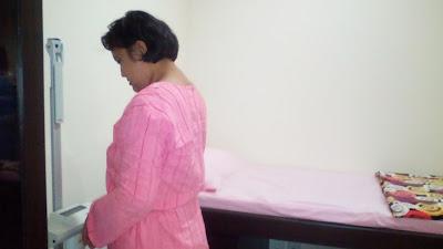 Ruang pemeriksaan di prodia women's health centre
