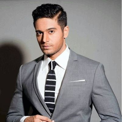 Gaurav Khanna Family Wife Son Daughter Father Mother Marriage Photos Biography Profile